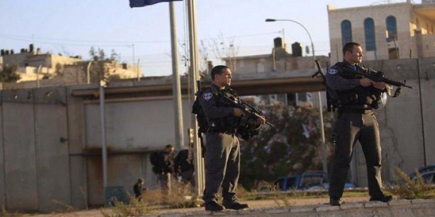 İsrail bu sefer de genç Filistinli kızı öldürdü