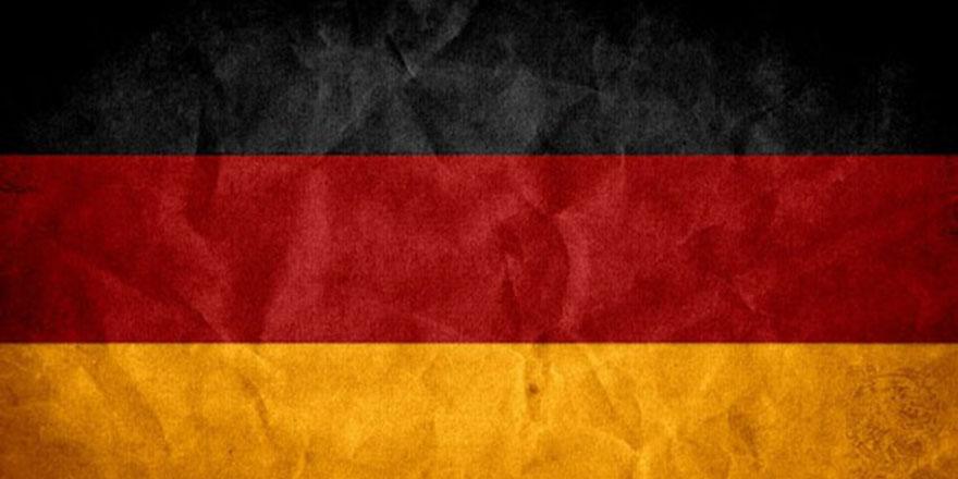 Alman istihbaratı karıştı