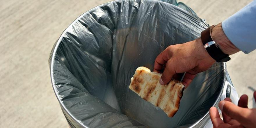 Ramazanda günde 3 milyondan fazla ekmek ve pide çöpe gidiyor