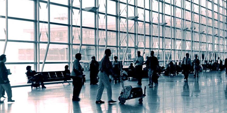 Hava yoluyla taşınan yolcu sayısı ocakta 14 milyona yaklaştı