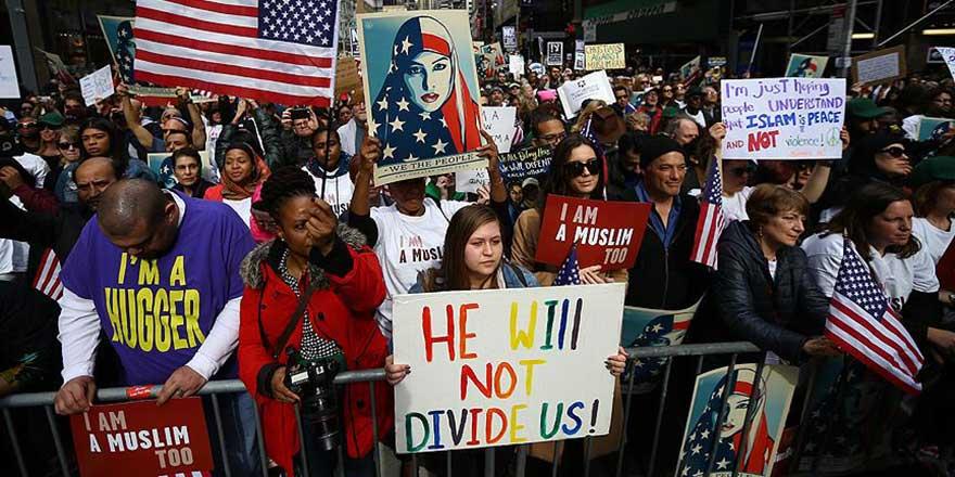 ABD'de 'Hepimiz Müslümanız, hepimiz göçmeniz' gösterisi