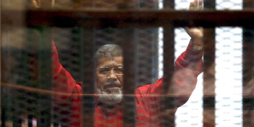 Mursi, can güvenliğinin tehdit altında olduğunu düşünüyor