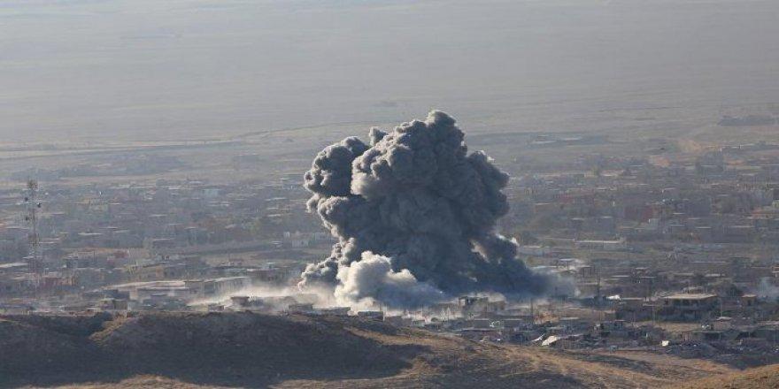 Deyrizor'a düzenlenen hava saldırılarında hedef siviller oluyor