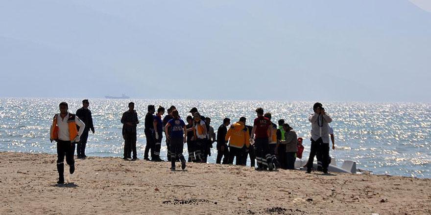 Mültecilerin parası mafyaya aktı