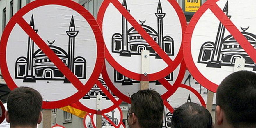 İngiltere 'İslamofobi'ye yasal bir tanım getirmeyi tartışıyor
