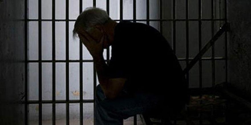 İran'daki mahkumların yüzde 70'i uyuşturucu suçlusu