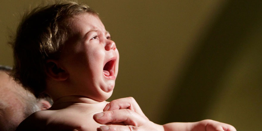 Bebeklerde ağız yaraları için bunları yapın