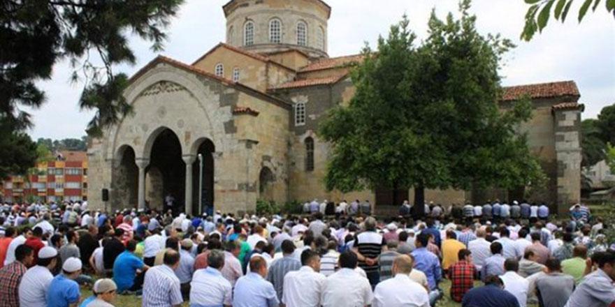 Trabzon'daki Ayasofya'nın içi boşaltıldı