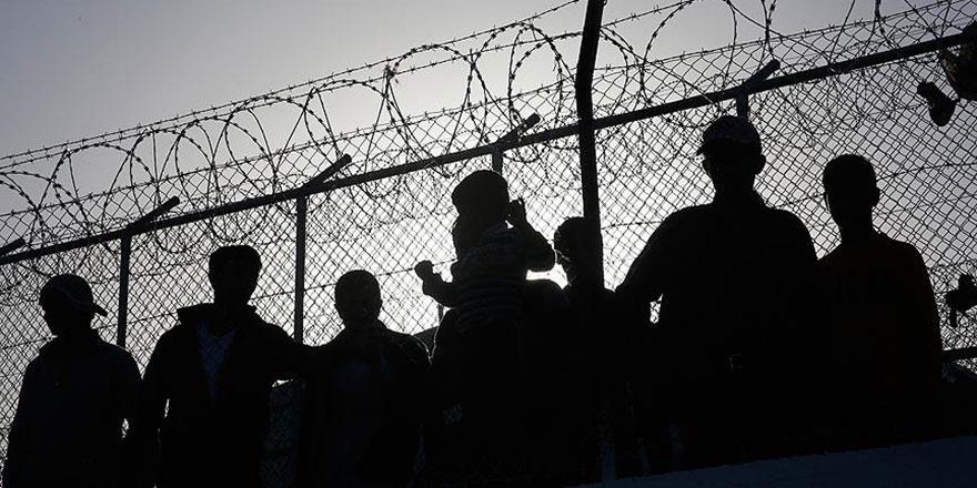 Mültecilere maaş iddialarına yalanlama