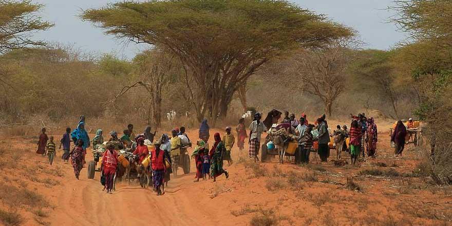 Somali'de bir buçuk milyona yakın çocuk aç