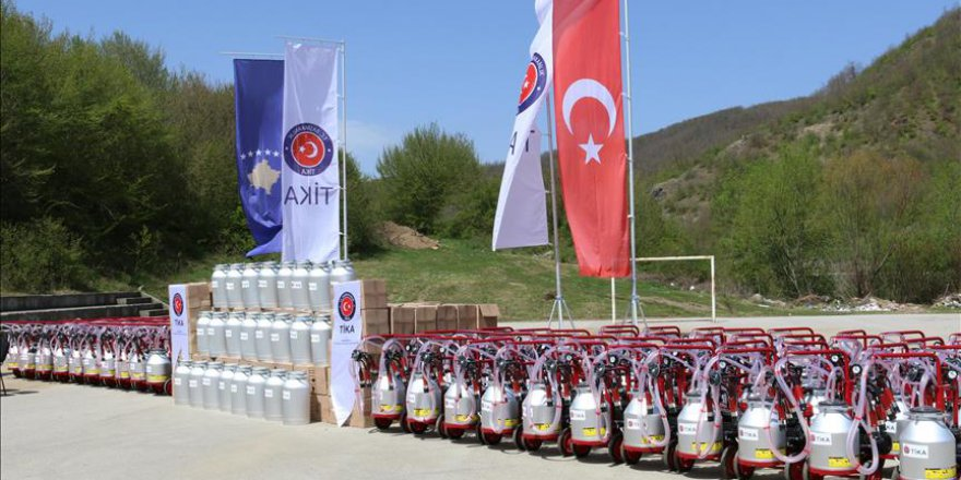 TİKA'dan Kosova'daki süt üreticilerine destek