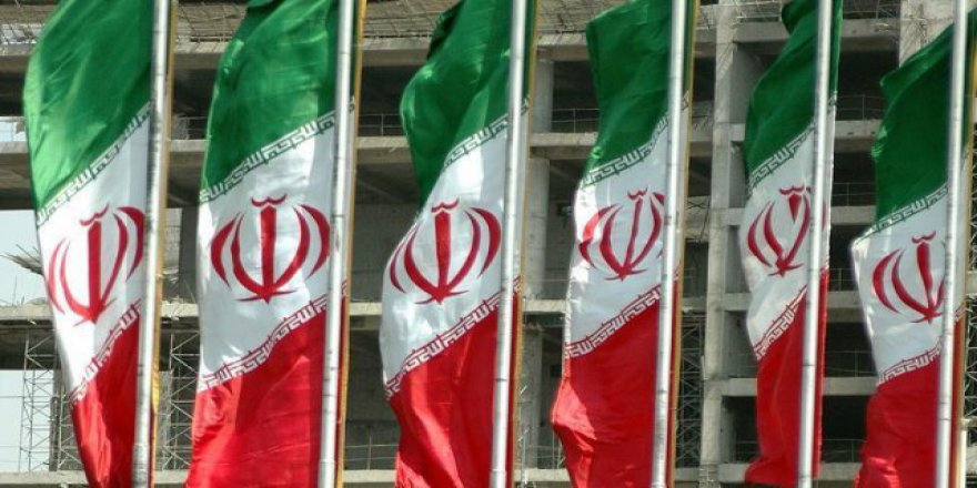 İran'da seçime doğru yarış hızlanıyor!