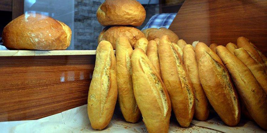Yazıktır, günahtır: Günde 6 milyon ekmeği çöpe atıyoruz!