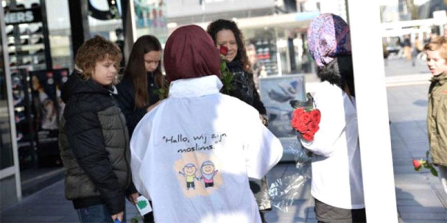 Hollanda'da 'Buyrun ben Müslümanım' etkinliği