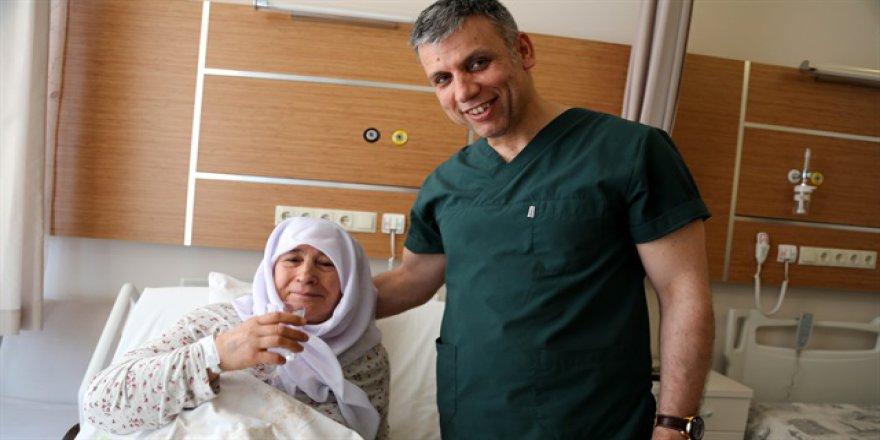 İç organlarının 'ters' olduğunu 63 yaşında öğrendi