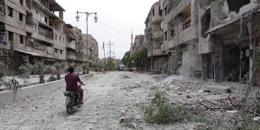Suriye'de Esed bombardımanı bitmiyor