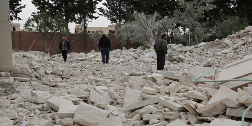 Esed Halep'te sivilleri vurdu: 18 ölü