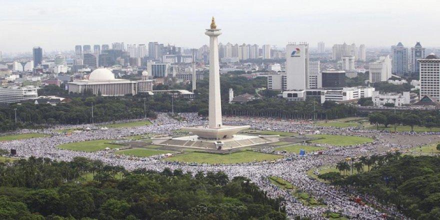 Endonezya başkentini değiştirmeye hazırlanıyor