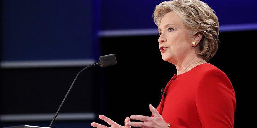 Clinton seçimi kaybetmesini hileye bağladı