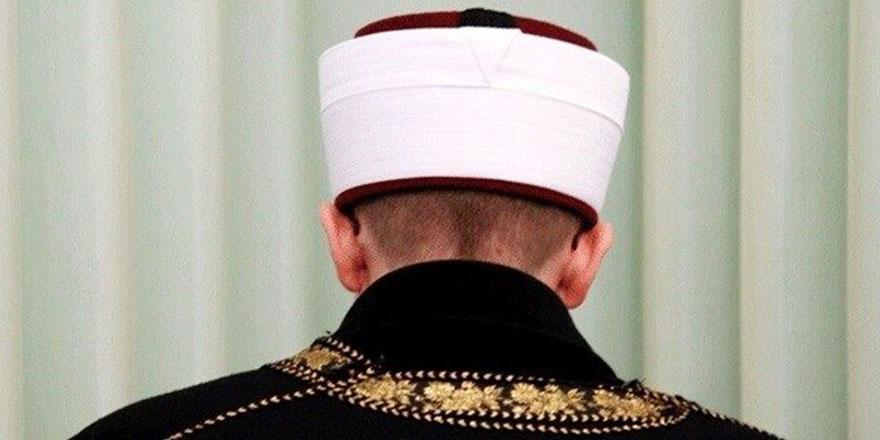 Kaza namazı borcu olan bir kimse imam olabilir mi? Tertip ehli olan kimsenin imamlığı sahih midir?