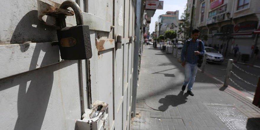 İsrail hapishanelerindeki Filistinli liderlerden açlık grevine destek