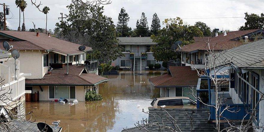 ABD'de su baskınları: En az 11 ölü