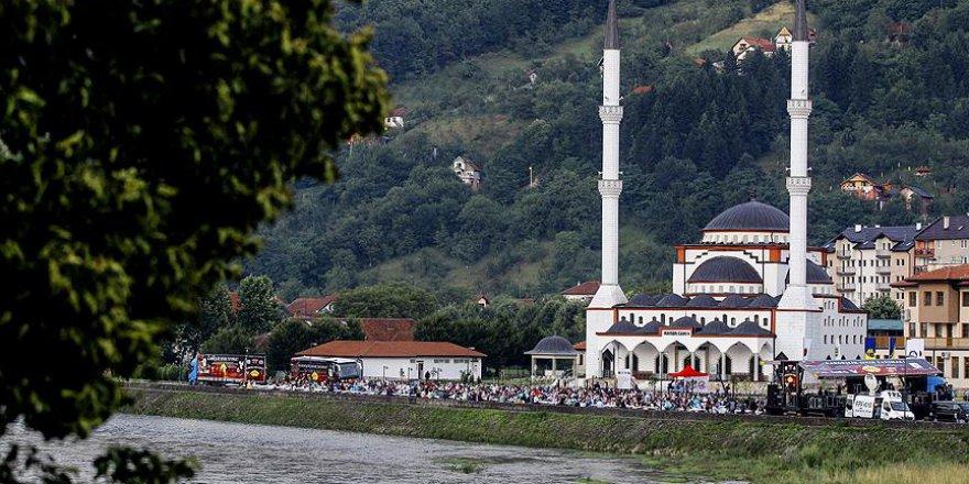 Bosna Savaşı'nda yıkılan 614 cami yeniden hayat buluyor
