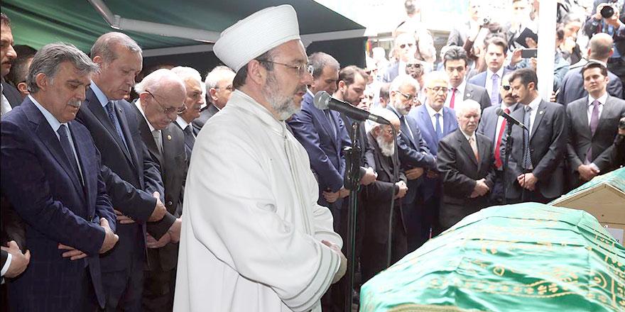 Abdullah Gül'ün babası Ahmet Hamdi Gül dualarla uğurlandı