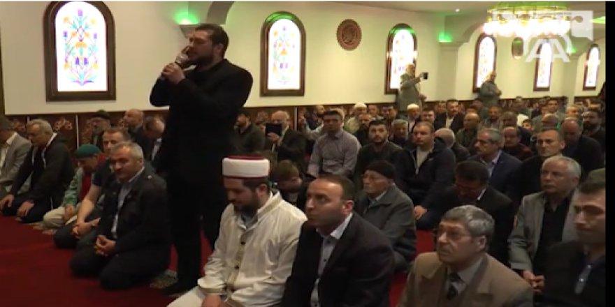 Danimarka'da cami açılışında sevinç gözyaşları