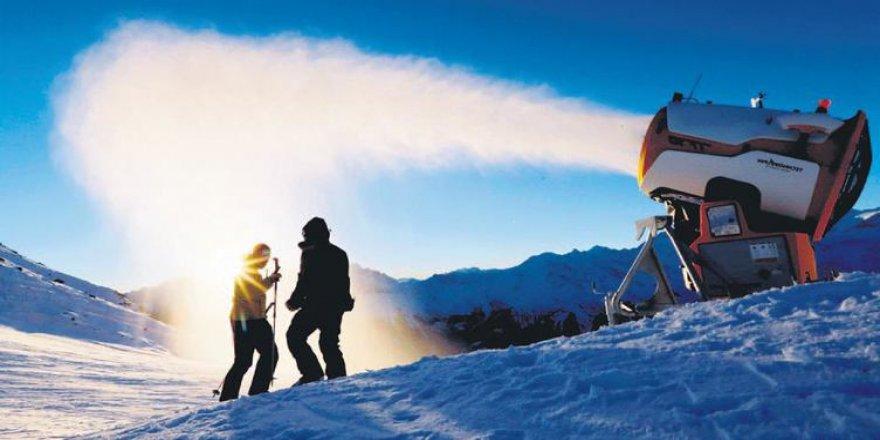Özsoy: Türkiye'nin Antarktika'da söz sahibi olması çok önemli