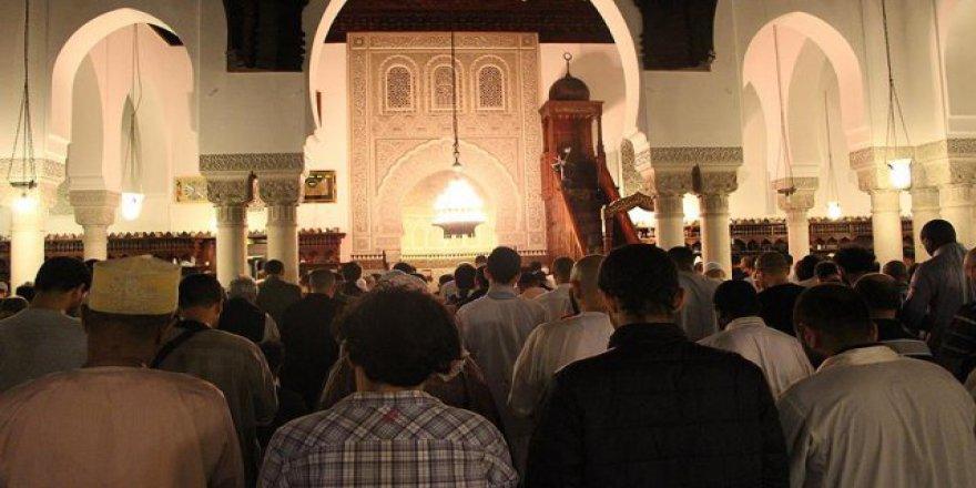 Fransa, camiler için laiklik yasasını değiştirmeyi düşünüyor
