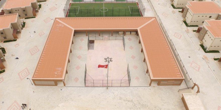 İHH Suriyeli yetimler için 'özel köy' kurdu