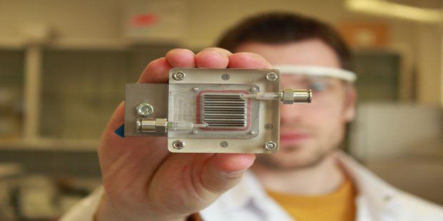 Bu cihaz, enerji ve hava kirliliği problemlerini çözmeye aday