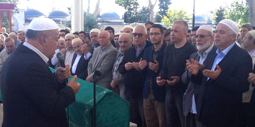Mustafa Sungur ağabeyin oğlu Ahmet Sungur dualarla uğurlandı