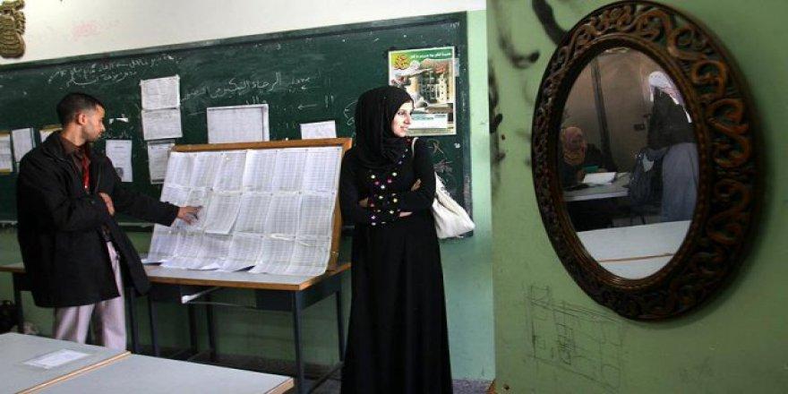 Batı Şeria'da tek partinin katıldığı yerel seçimler başladı