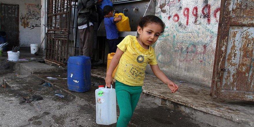 Gazze'de çocuklar abluka yüzünden zehirleniyor
