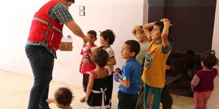 Kızılay'dan İdlib yetimhanelerine yardım
