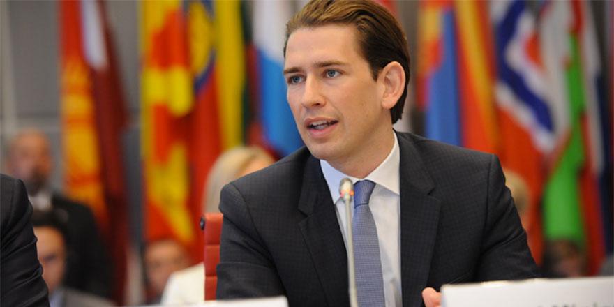 Avusturya Kur'an dağıtımını yasakladı