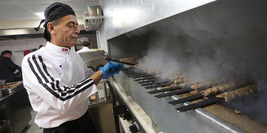 Filistin'de ilk Türk restoranı açıldı
