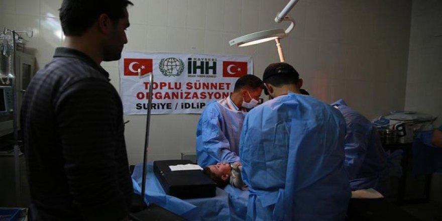 İHH, Suriye'de bin 100 çocuğu sünnet ettirdi