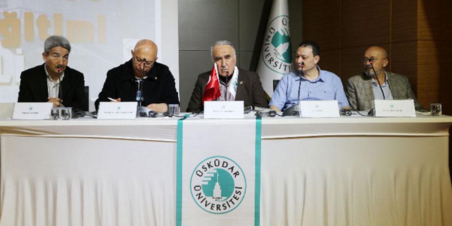 Risale-i Nur ve Değerler Eğitimi paneli Üsküdar Üniversitesinde düzenlendi