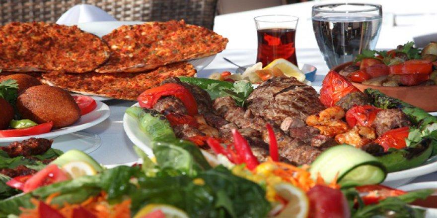 Ramazan'da ağır yemeklerden kaçının