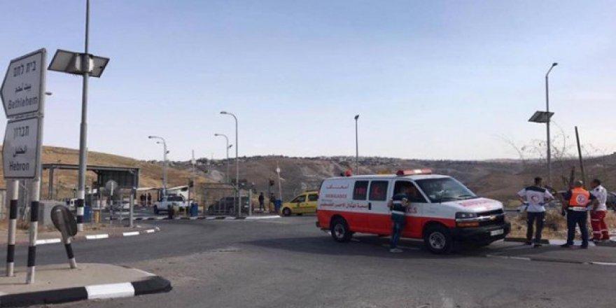 İsrail askerleri 16 yaşındaki Filistinli kızı vurup ölmesini bekledi