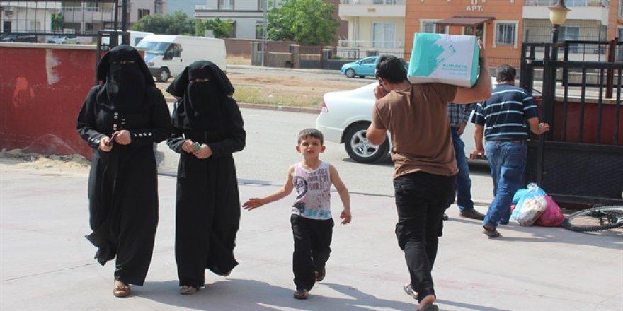 750 Suriyeli ailenin yüzü güldü