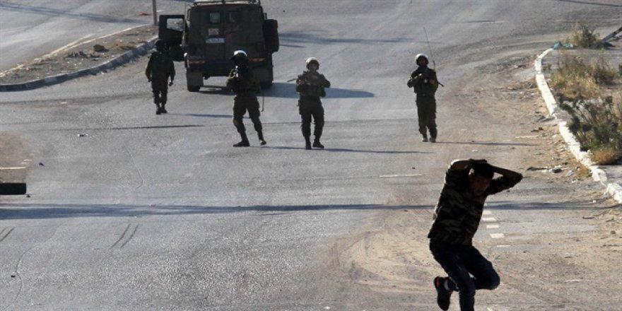 İsrail'in vurduğu 45 yaşındaki Filistinli vefat etti