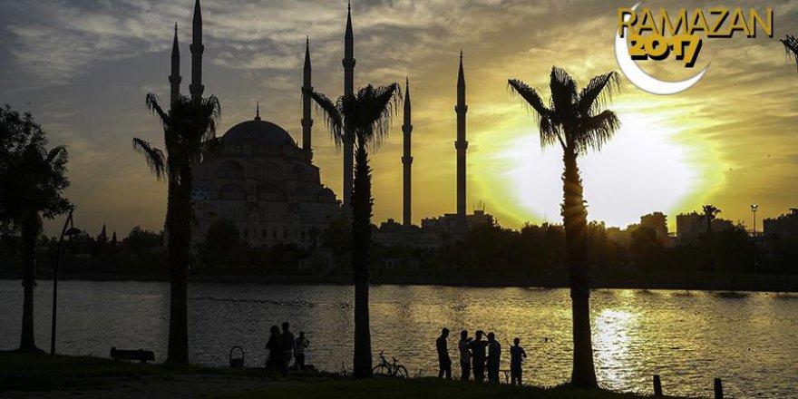 Sabancı Merkez Camisi'nde ramazan coşkusu yaşanacak