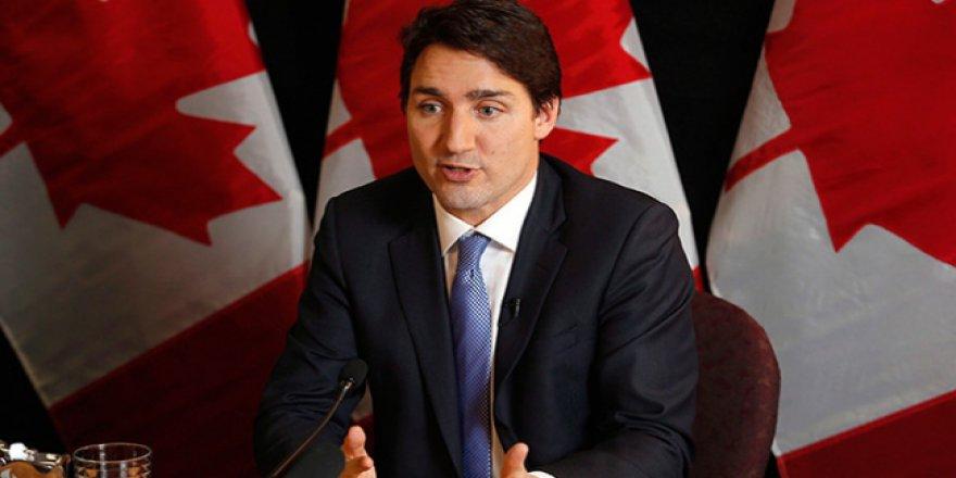 Kanada'dan Papa'ya özür çağrısı