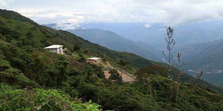 Yeni okullarına kavuşan Kolombiyalılardan Türkiye'ye teşekkür