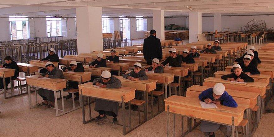 Halep'te 'imam hatip' lisesinde DEAŞ'sız ilk mezuniyet
