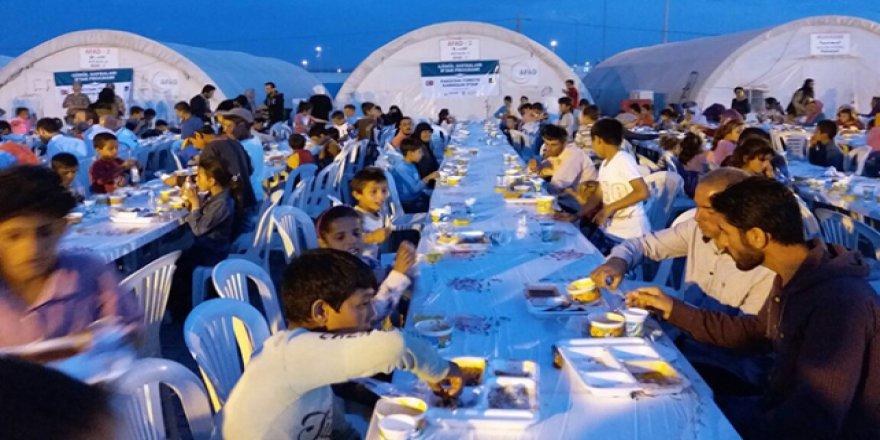Suriyeli yetim ve öksüz çocuklar için iftar